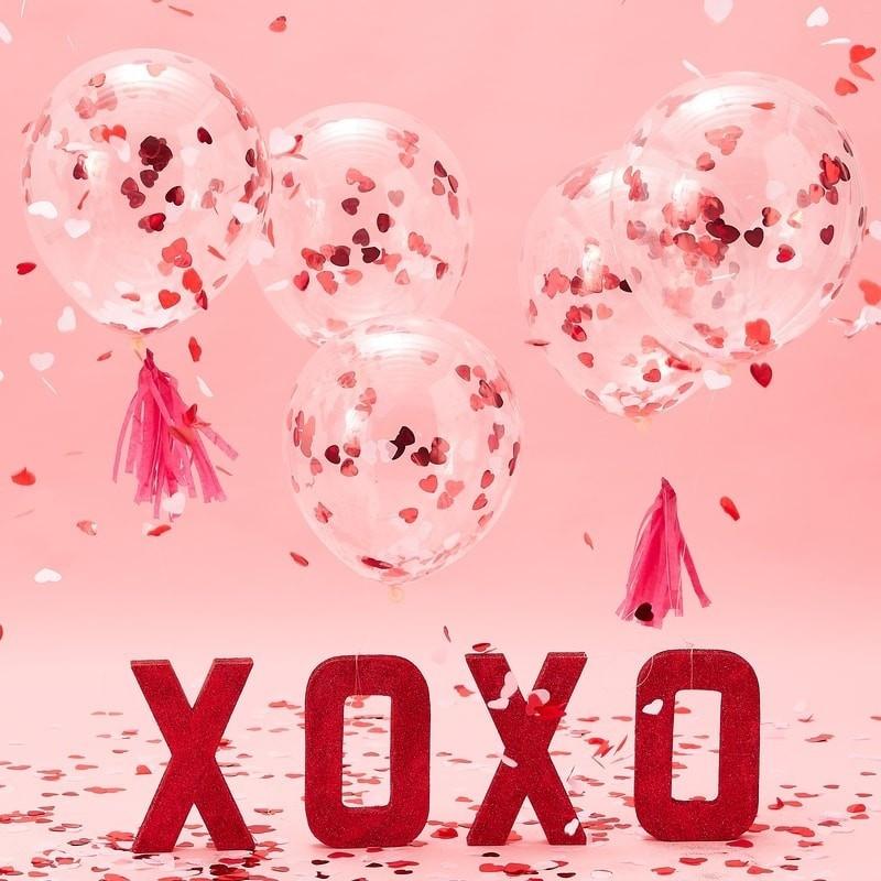 Ballonnen met confetti hartjes